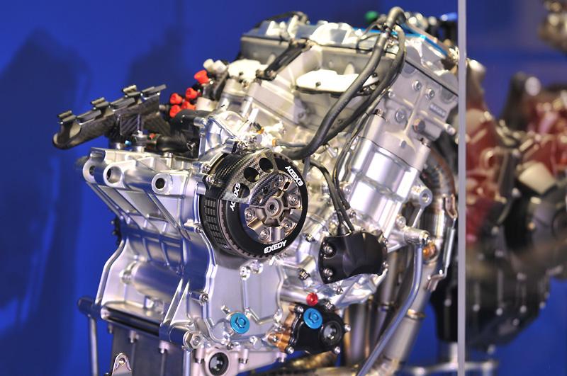 MotoGPマシンにV4エンジンが採用される理由