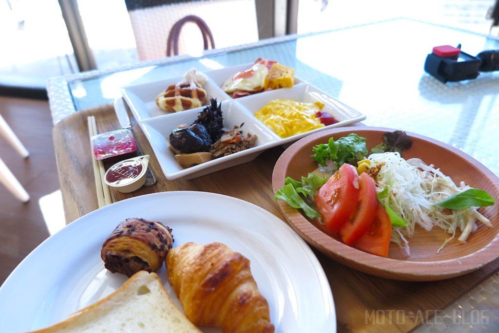 宮古島旅行2日目の朝食