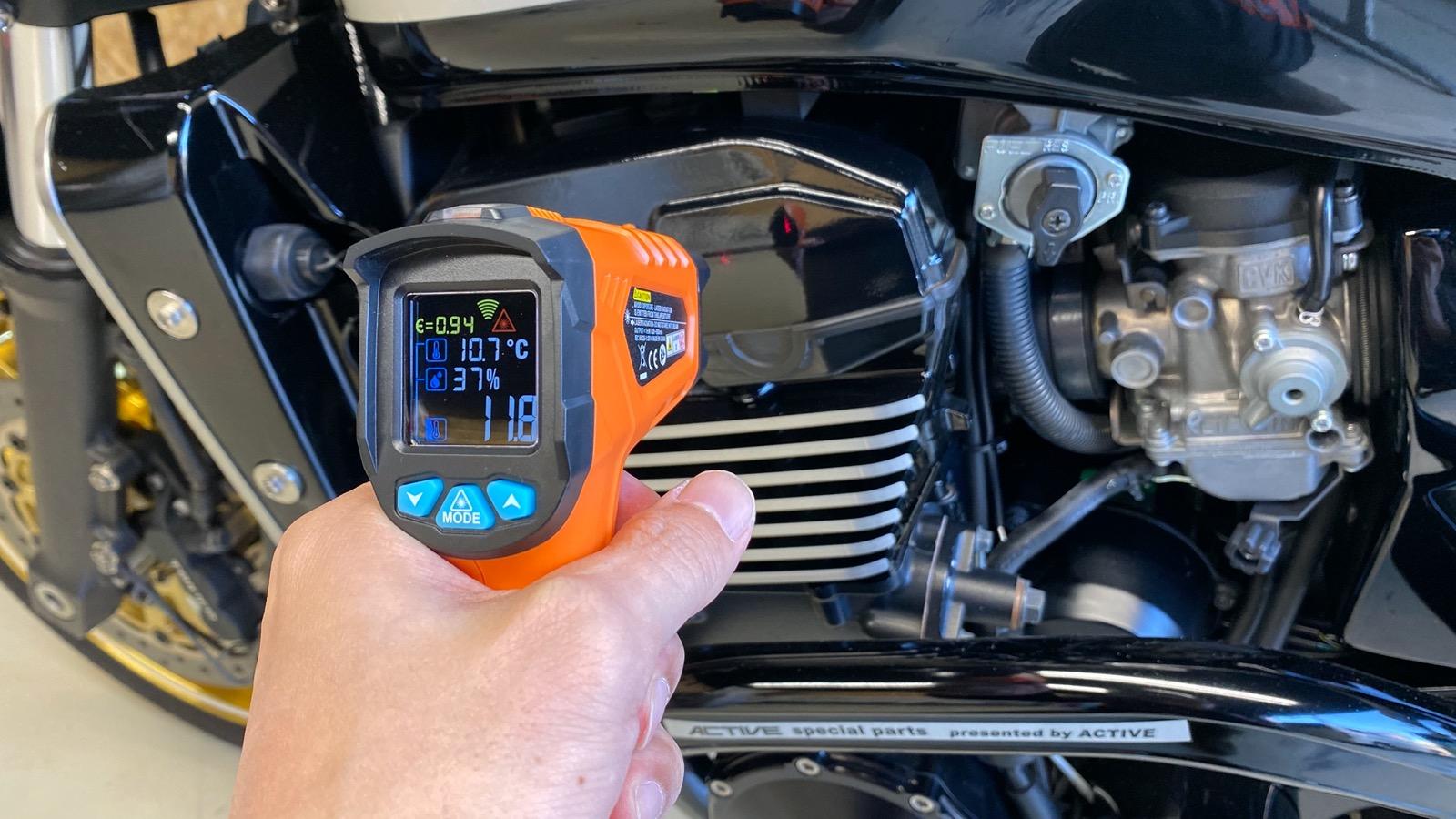 バイクのタイヤ温度を計測